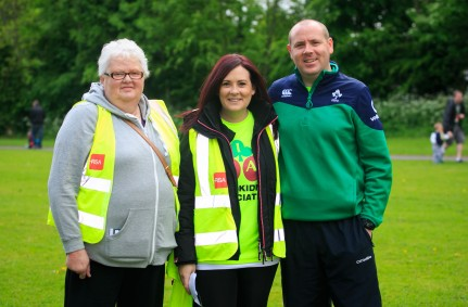 ***NO FEE PIC *** 20/05/2017 Members of the Gleeson family Maura, Caroline & Alan all from Kerry during the Irish Kidney Association's Run for a Life family fun run which will take place this Saturday 20th May at Corkagh Park, Clondalkin, Dublin. The IKA's Run for a Life is a charity fundraiser and celebrates the 'gift of life' and aims to raise awareness about the vital importance of organ donation and transplantation. Now in its 9th year 'Run for a Life' is open to people of all ages with the option of walking, jogging or running competitively in either a chip timed 2.5km, 5km or 10km distance. Based on last year's attendance over 500 people are expected to register for the event. For more information on the event visit website www.runforalife.ie For organ donor cards Freetext DONOR to 50050 or visit website www.ika.ie/card You can now download the IKA's new digital donor card by visiting www.donor.ie on your smartphone. Your wishes to be an organ donor can also be included on the new format driving licence which is represented by Code 115. Photo: Arthur Carron