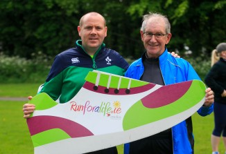 ***NO FEE PIC *** 20/05/2017 Alan Gleeson from Kerry & Ron Grainger fit for life ambassador Castleknock during the Irish Kidney Association's Run for a Life family fun run which will take place this Saturday 20th May at Corkagh Park, Clondalkin, Dublin. The IKA's Run for a Life is a charity fundraiser and celebrates the 'gift of life' and aims to raise awareness about the vital importance of organ donation and transplantation. Now in its 9th year 'Run for a Life' is open to people of all ages with the option of walking, jogging or running competitively in either a chip timed 2.5km, 5km or 10km distance. Based on last year's attendance over 500 people are expected to register for the event. For more information on the event visit website www.runforalife.ie For organ donor cards Freetext DONOR to 50050 or visit website www.ika.ie/card You can now download the IKA's new digital donor card by visiting www.donor.ie on your smartphone. Your wishes to be an organ donor can also be included on the new format driving licence which is represented by Code 115. Photo: Arthur Carron