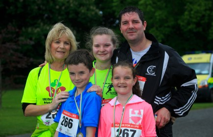 ***NO FEE PIC *** 20/05/2017 Members of Casey family Alison who had a liver transplant & Peter Rebecca 15,Aaron 13, Sorcha 10 all from Clane during the Irish Kidney Association's Run for a Life family fun run which will take place this Saturday 20th May at Corkagh Park, Clondalkin, Dublin. The IKA's Run for a Life is a charity fundraiser and celebrates the 'gift of life' and aims to raise awareness about the vital importance of organ donation and transplantation. Now in its 9th year 'Run for a Life' is open to people of all ages with the option of walking, jogging or running competitively in either a chip timed 2.5km, 5km or 10km distance. Based on last year's attendance over 500 people are expected to register for the event. For more information on the event visit website www.runforalife.ie For organ donor cards Freetext DONOR to 50050 or visit website www.ika.ie/card You can now download the IKA's new digital donor card by visiting www.donor.ie on your smartphone. Your wishes to be an organ donor can also be included on the new format driving licence which is represented by Code 115. Photo: Arthur Carron